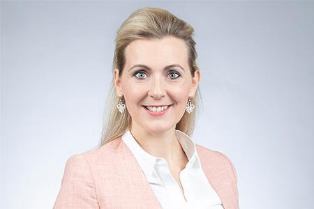 [CAMPUS.ONLINE] Corona-Gespräche: Christine Aschbacher über Arbeit und Familie (27.4.2020)